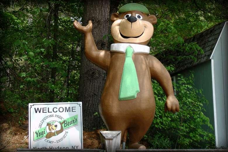 statue of Yogi Bear