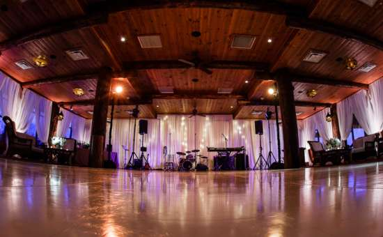 Our  Ball room 'Pines'  We have a 15'x18' dance floor