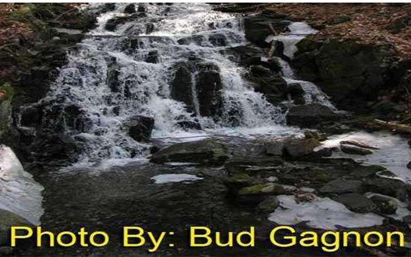 Clay Meadow Falls (1)