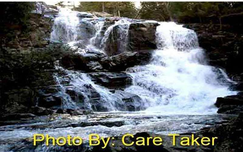 Shelving Rock Falls (1)