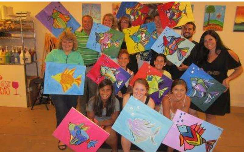 Saratoga Paint And Sip Studio - Latham Location (6)