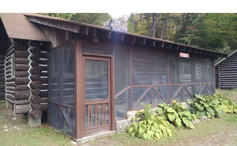 Cabin Rentals at the Painted Pony Ranch (1)