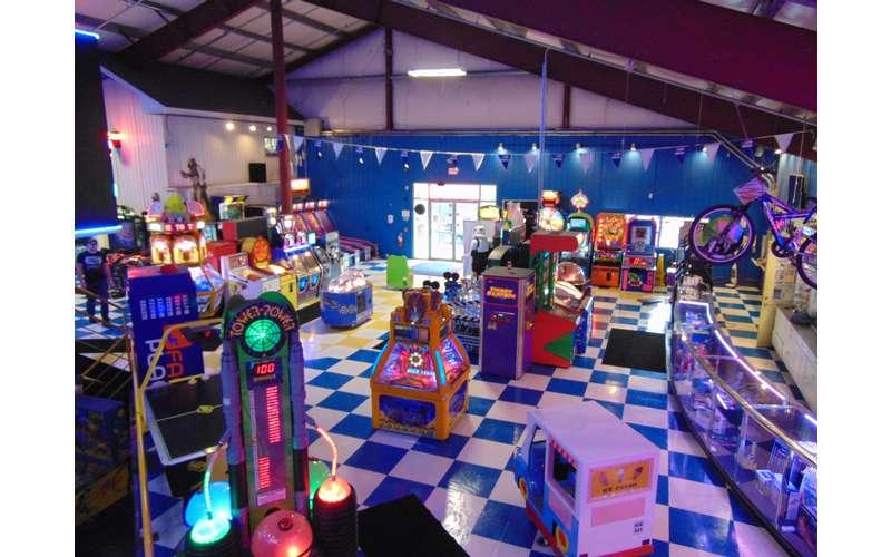 Adventure Family Fun Center (8)
