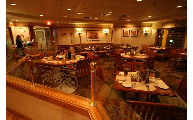 Tr S Restaurant 2