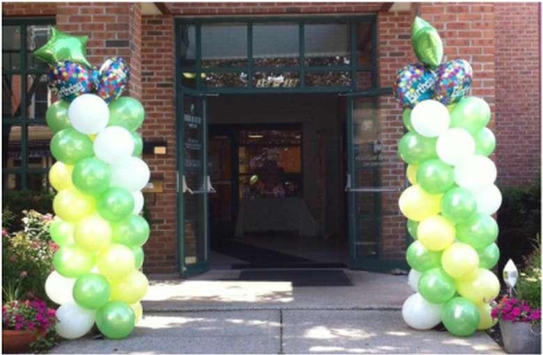 creative sparks entrance with balloon columns