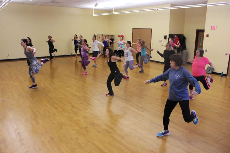 Large Group doing Zumba