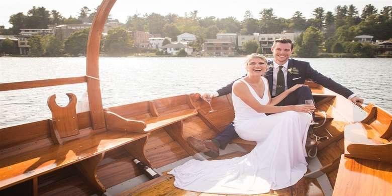 bride and groom on gondola ride
