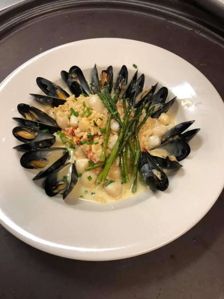 mussels dinner in a plate