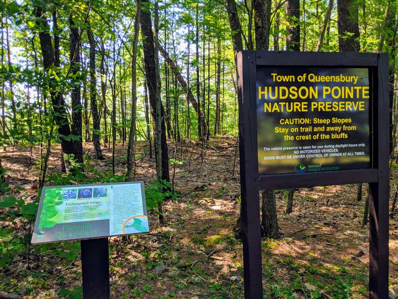 Hudson Pointe Nature Preserve signs