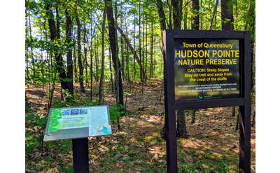 Hudson Pointe Nature Preserve signs