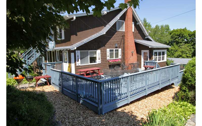 Four Bedroom House at the Cramers Point Motel & Cottages (1)