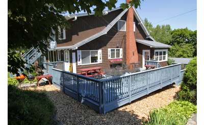 Four Bedroom House at the Cramers Point Motel & Cottages