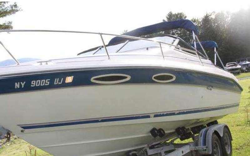 1993 Sea Ray 240 Overnighter - Lake George Fresh Water Boat