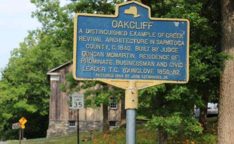 oakcliff historic sign