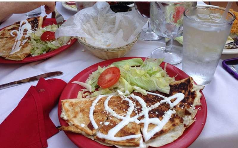 El Mariachi Mexican Restaurant - Hamilton Street (2)