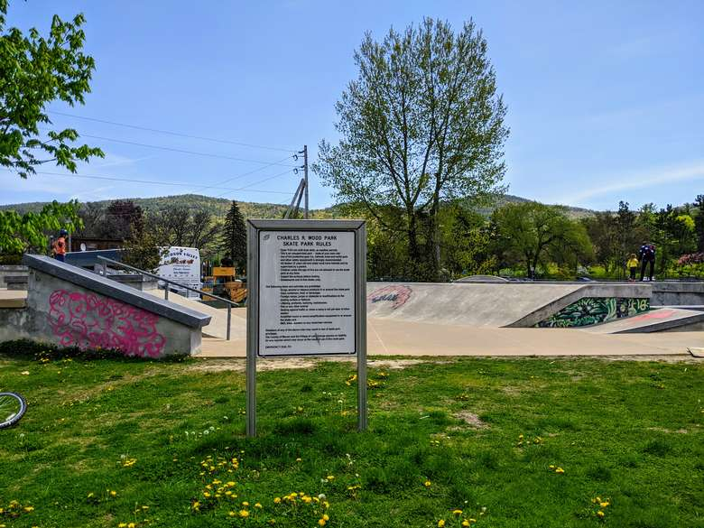 skate park and sign