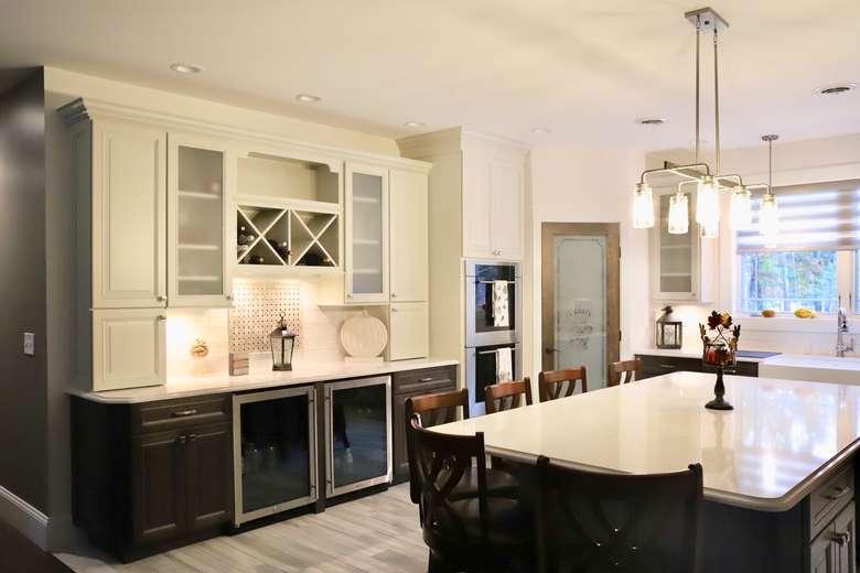Beautiful Multi tone kitchen