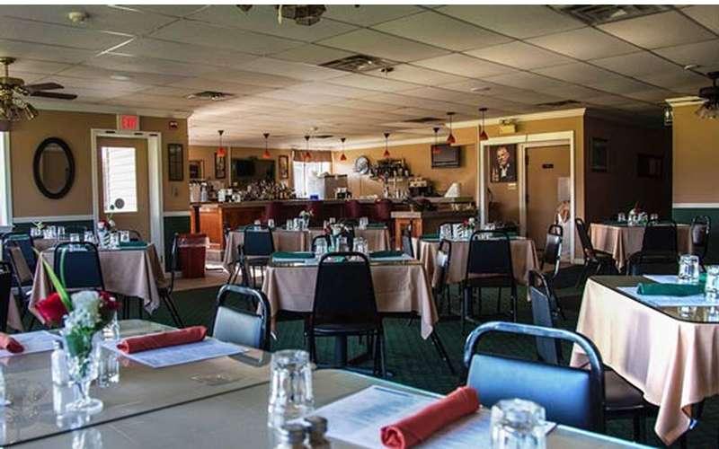 Bogey's Pub & Grill (4)