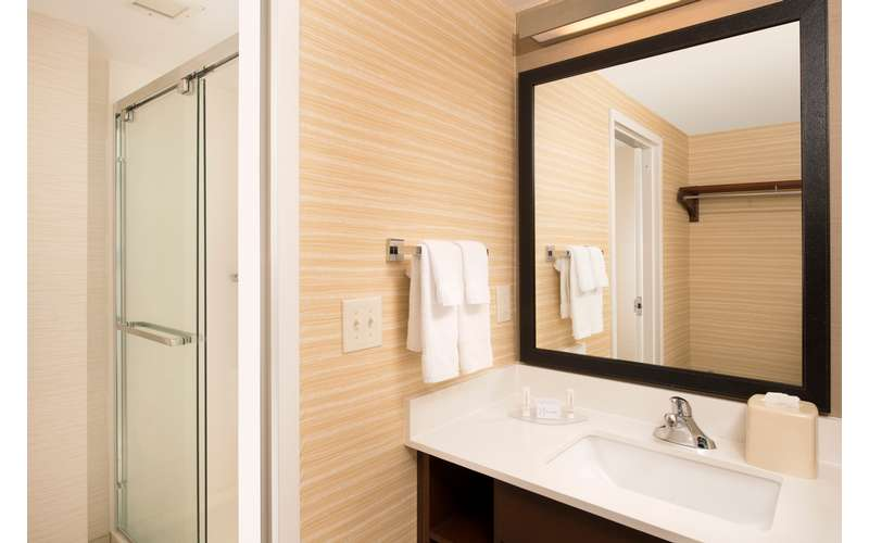 Fairfield Inn & Suites Albany East Greenbush (9)