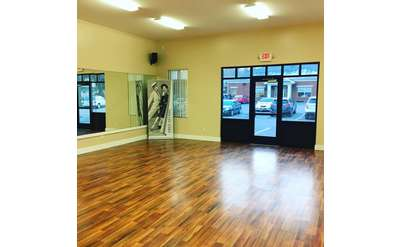 the open floor of Fred Astaire Saratoga Springs