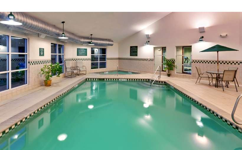 Country Inn and Suites by Radisson Lake George-Queensbury (6)