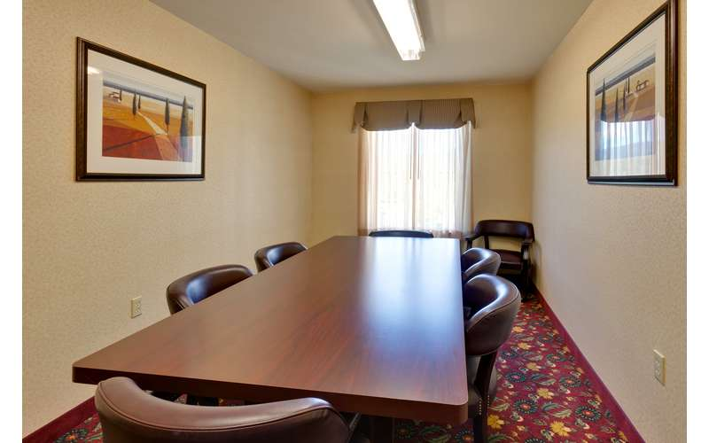 Country Inn and Suites by Radisson Lake George-Queensbury (8)