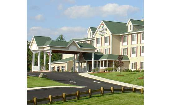 Country Inn and Suites by Radisson Lake George-Queensbury (3)