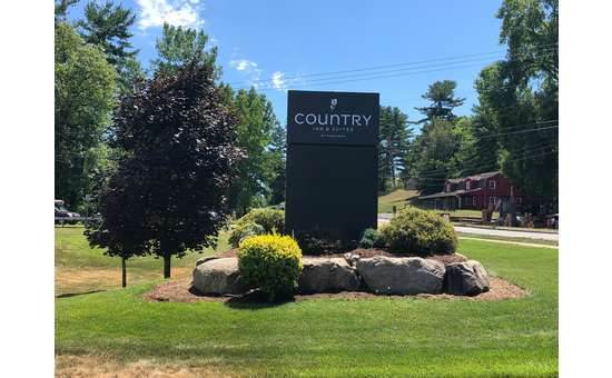 Country Inn and Suites by Radisson Lake George-Queensbury (10)