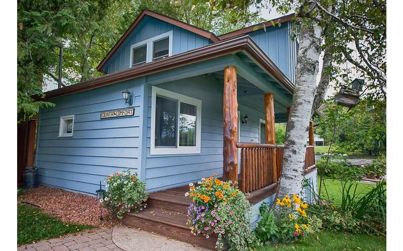 Lakeside 3 Bedroom Country Comfort Cottage