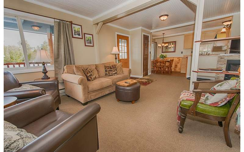 Country Comfort Living room