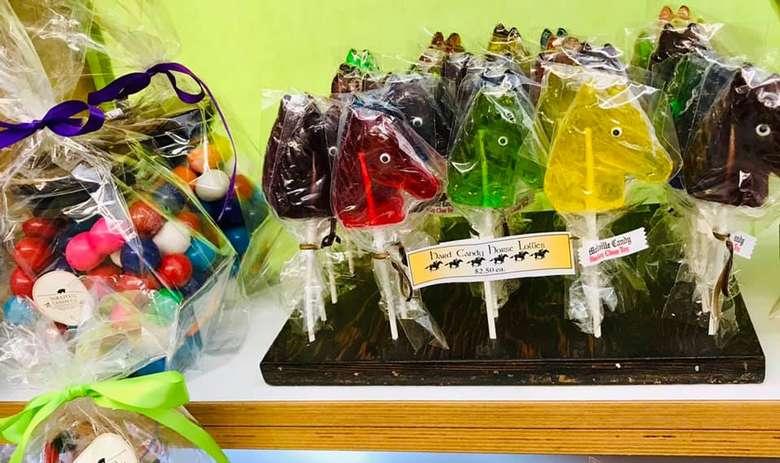 horse lollipops