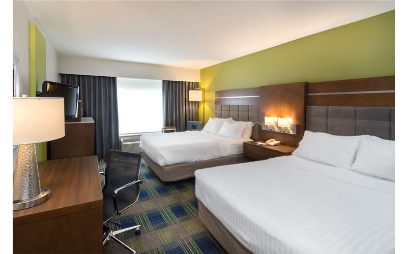 Holiday Inn Express & Suites Clifton Park (6)