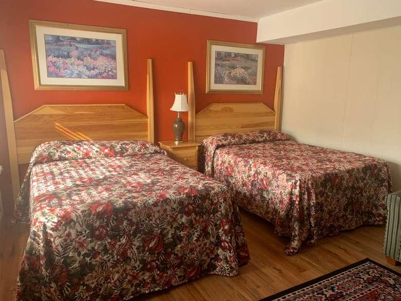 beds in bedroom
