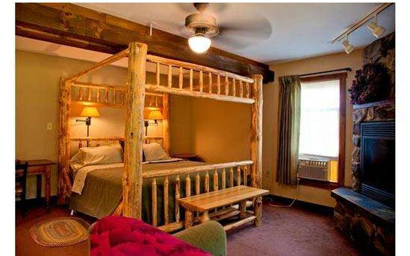 Silver Spruce Inn Bed & Breakfast (13)