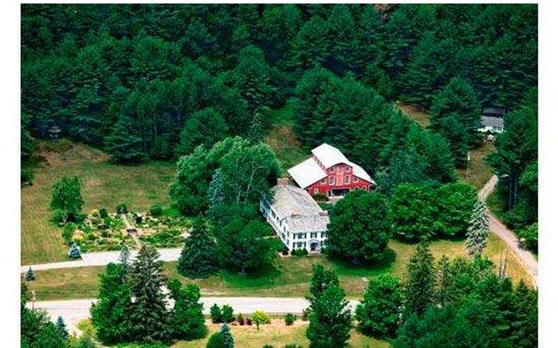 Silver Spruce Inn Bed & Breakfast (17)