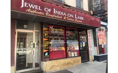 exterior of jewel of india restaurant