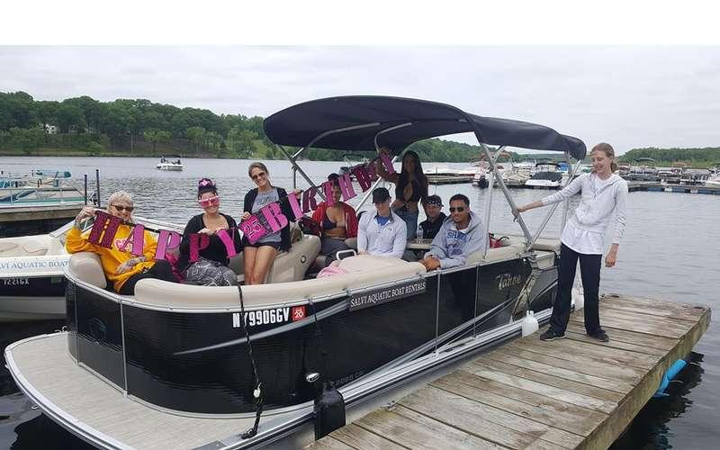 Salvi Aquatic Boat Rentals (3)