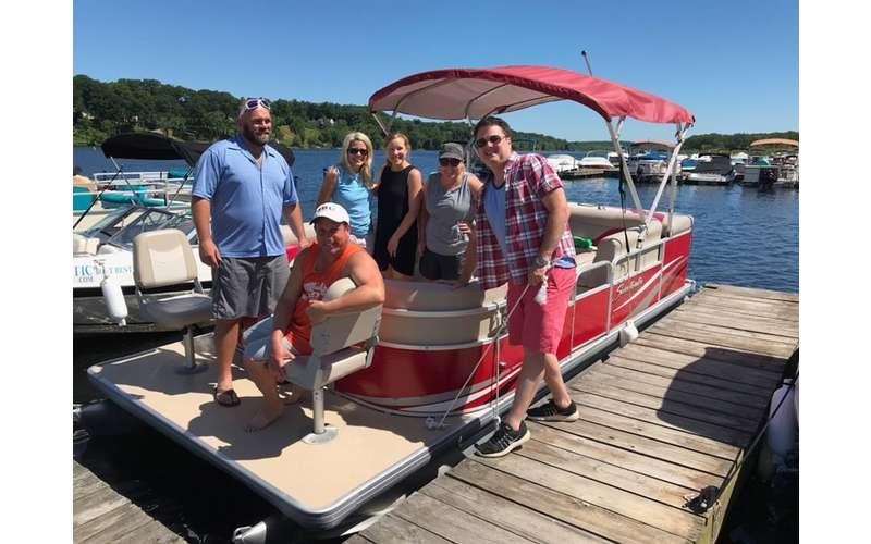 Salvi Aquatic Boat Rentals (8)