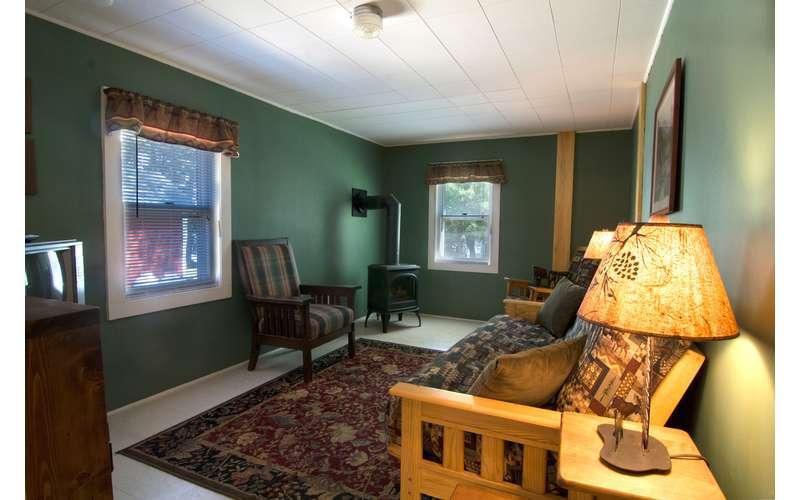 Livingroom of cabin #4