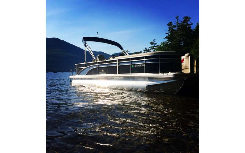 Go for a private boat tour on board Blue Line Charters' pontoon.