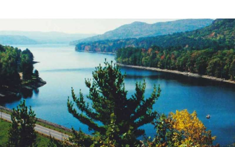 Specializing in Great Sacandaga Lake Real Estate just 40 minutes from Saratoga Springs