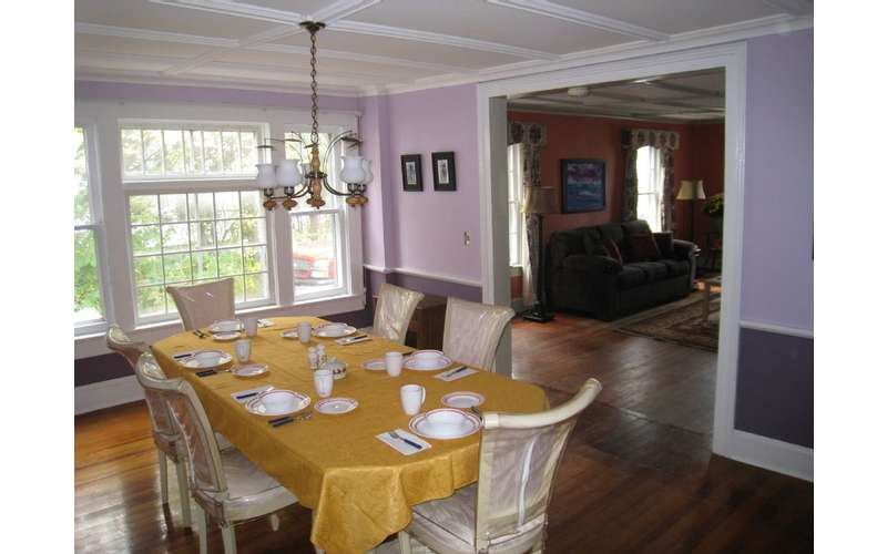 Dining room flows into Family room