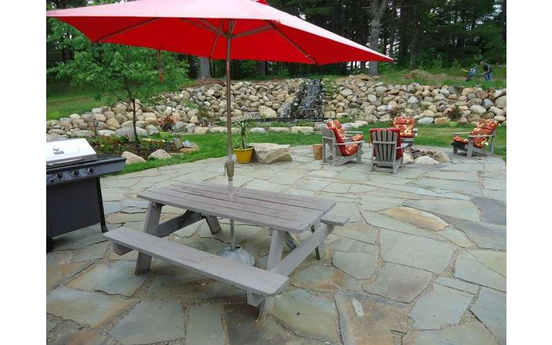 BBQ Grill and picnic table with umbrella