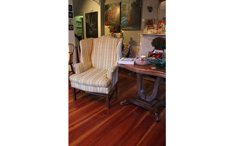 McCartee's Barn Fine Art & Antiques (7)