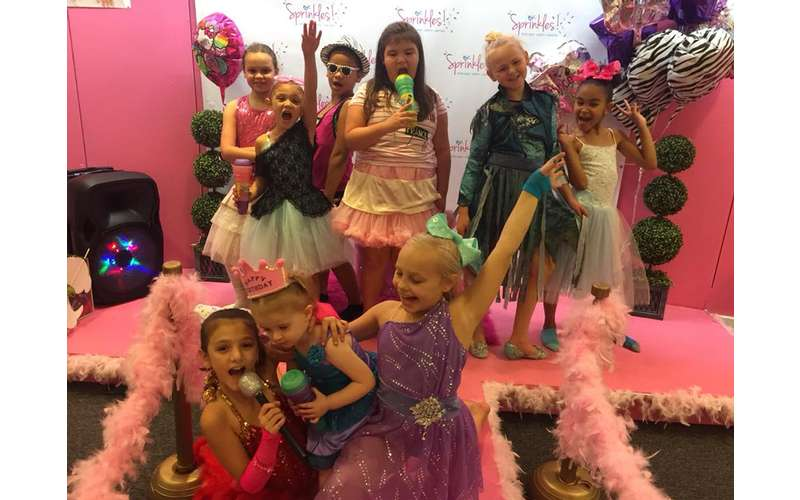 SPRINKLES Teen & Kids Hair Salon and Birthday Parties!! (18)
