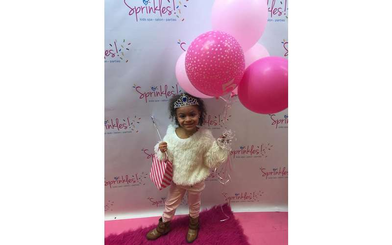 SPRINKLES Teen & Kids Hair Salon and Birthday Parties!! (16)