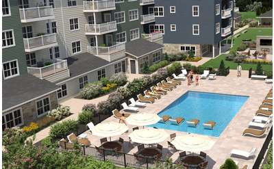 Enjoy resort-style living in an urban setting at Hudson Square Apartments.