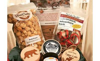What better way to celebrate the holidays than with Roost Crate's Adirondack-themed farmers market holiday box?