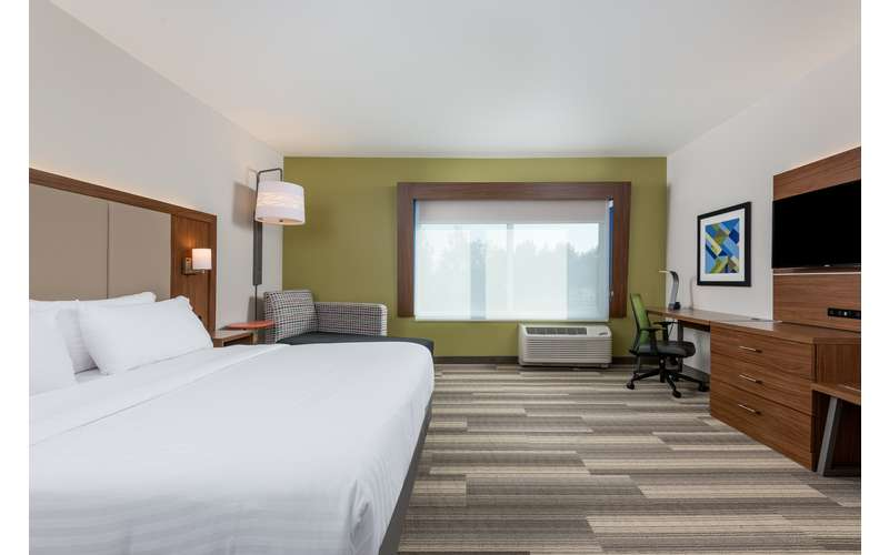 Holiday Inn Express & Suites Queensbury - Lake George Area (2)