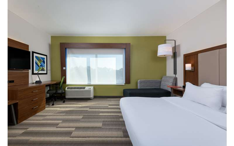 Holiday Inn Express & Suites Queensbury - Lake George Area (10)